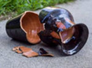 brokenvase